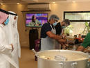 Bahrain's Capital Governorate distributes 1,100 meals to expat workers