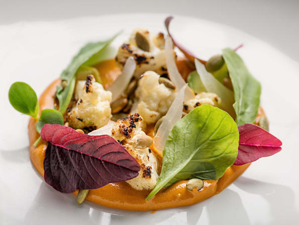 Learn how to make Cantina Kahlo's roasted cauliflower salad at home