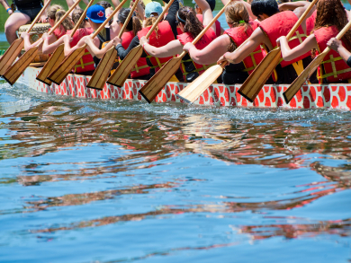 You can try dragon boating for free this weekend in Bahrain