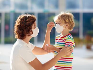 Bahrain residents must wear face masks in public