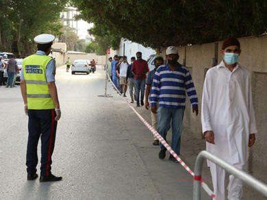 Bahrain hands out more than 100,000 meals a day to needy families